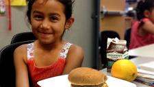 为孩子们提供免费夏季午餐