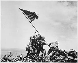 photo of raising the flag on Iwo Jima