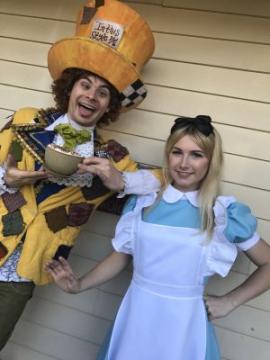 Alice in Wonderland Dragon Theater