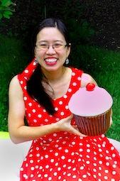 Grace Lin and giant cupcake
