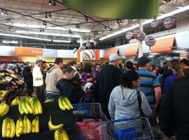 Shoppers at Walmart on Thanksgiving Day 2013. Image from Wikimedia Commons.